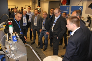Download High Resolution Image|/content/dam/graco/emea/images/news_releases/invispac_launch3_300.JPG