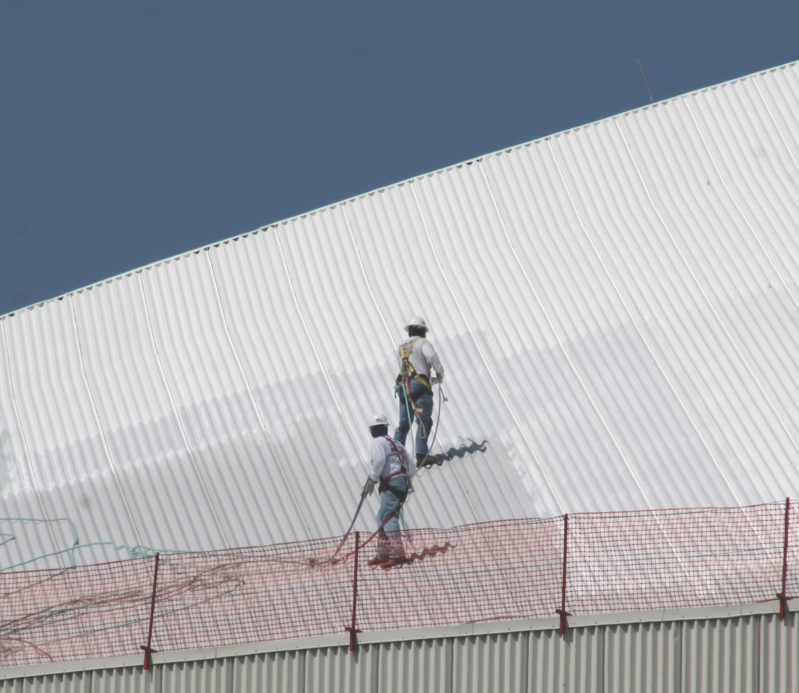 Roof Coating Sprayers – Spray Systems for Roof Sealants