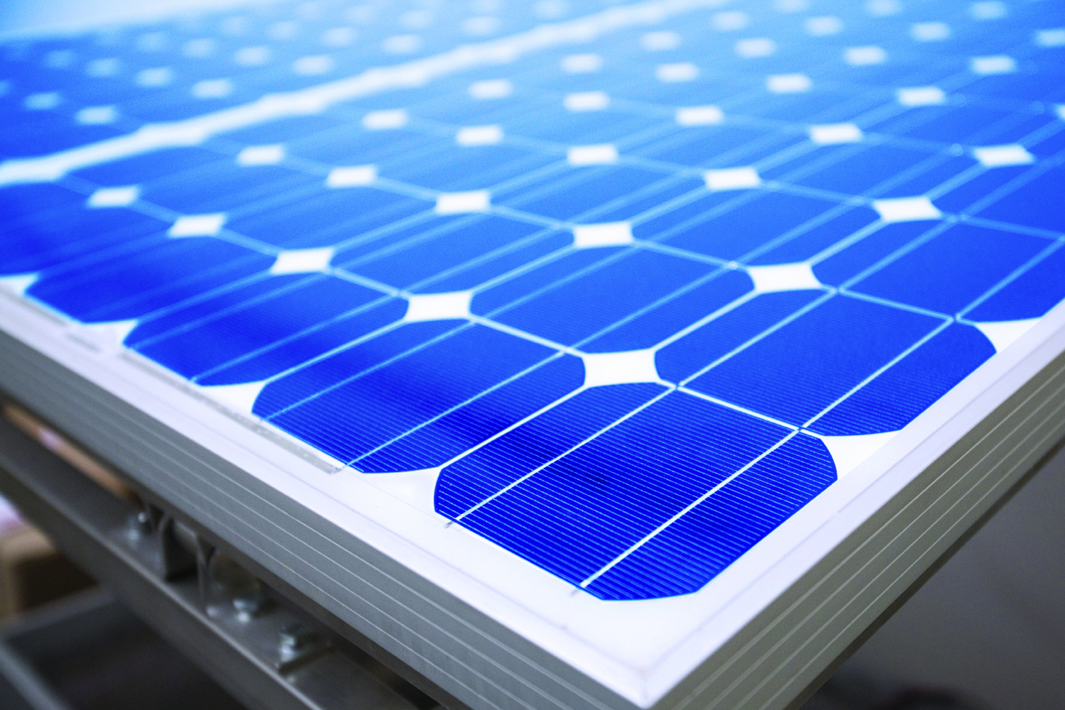 Download High Resolution Image|/content/dam/graco/aftd/images/material profiles/silicone-potting-photovoltaic.jpg